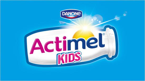 … con la nueva fórmula de Actimel Kids con vitamina D y B6, L. Casei y ahora con calcio…